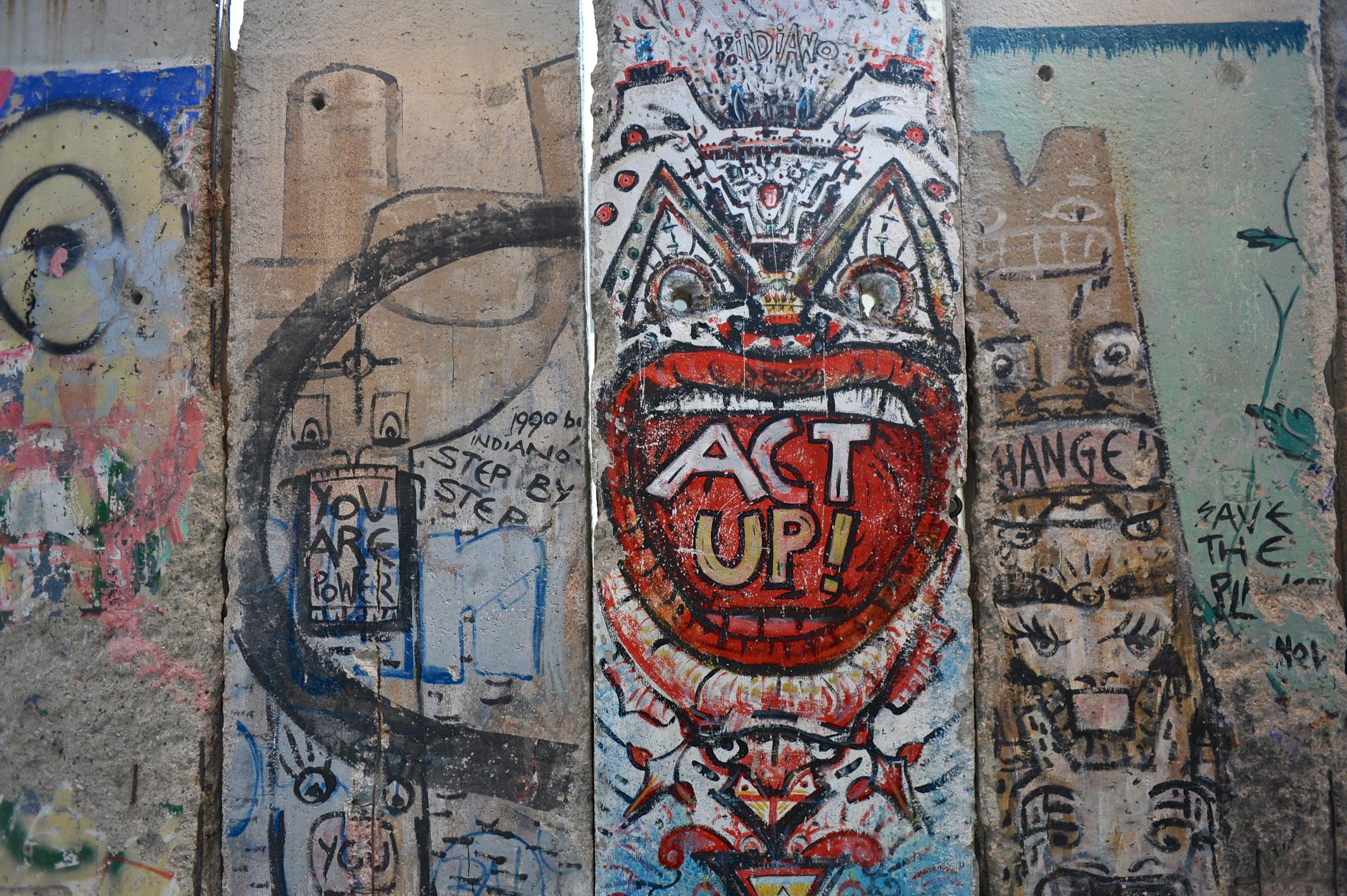 Berlin Wall panels 355