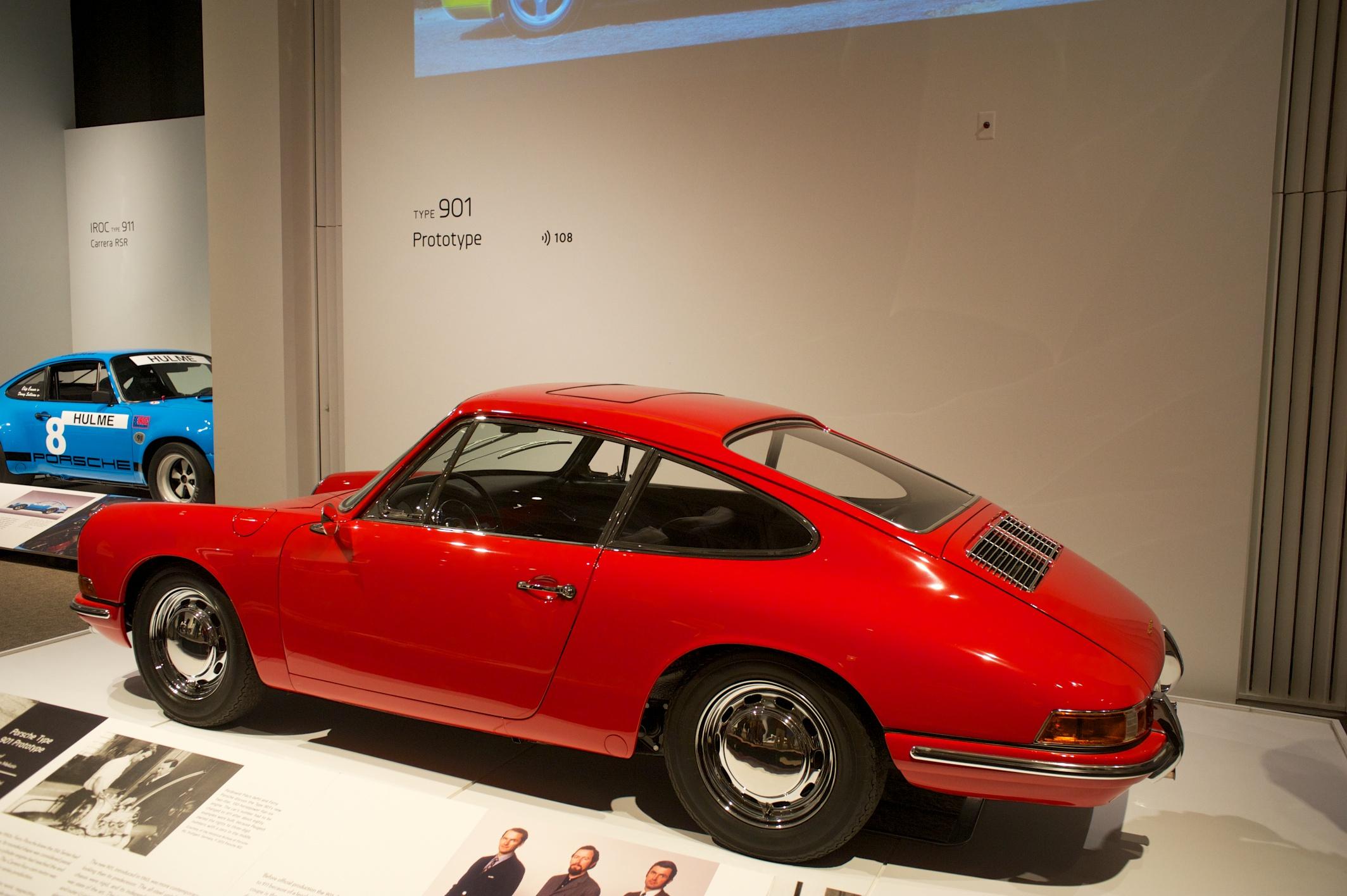 PorscheByDesign 37